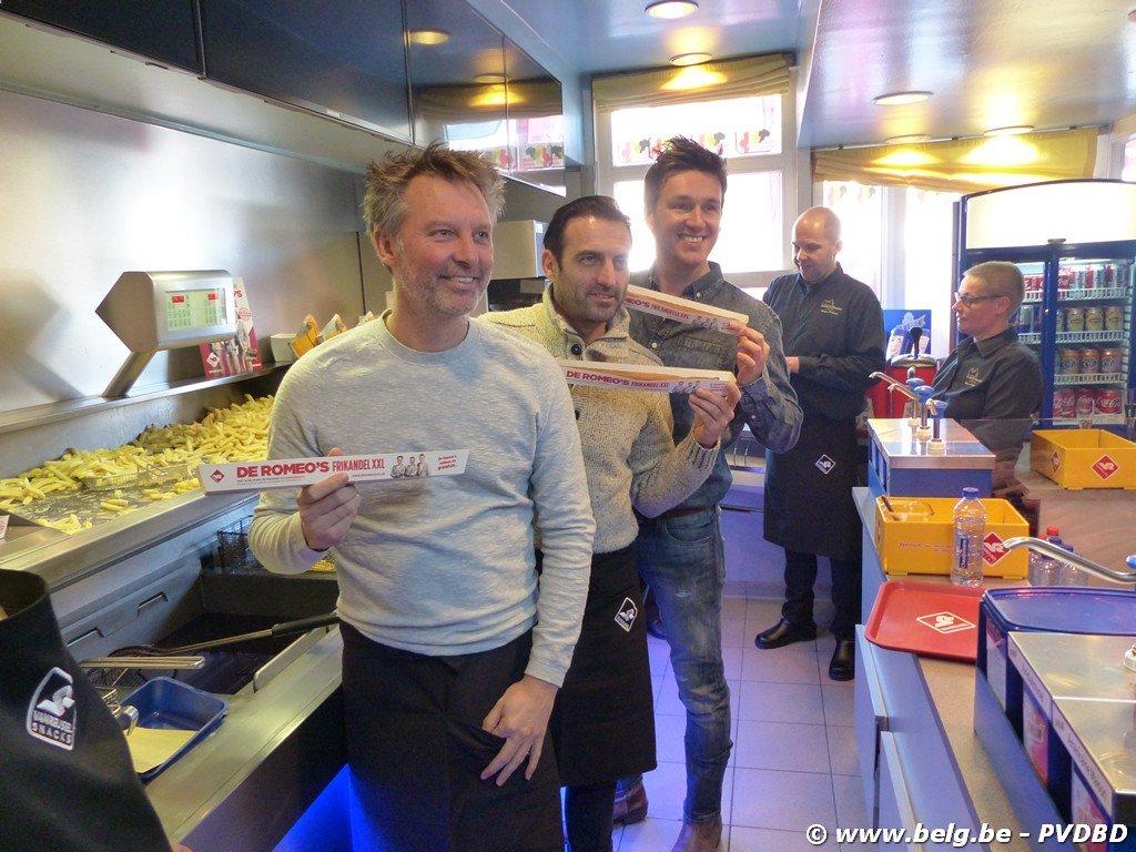 De Romeo's stellen hun frikandel XXL voor te Roosdaal - Image00048