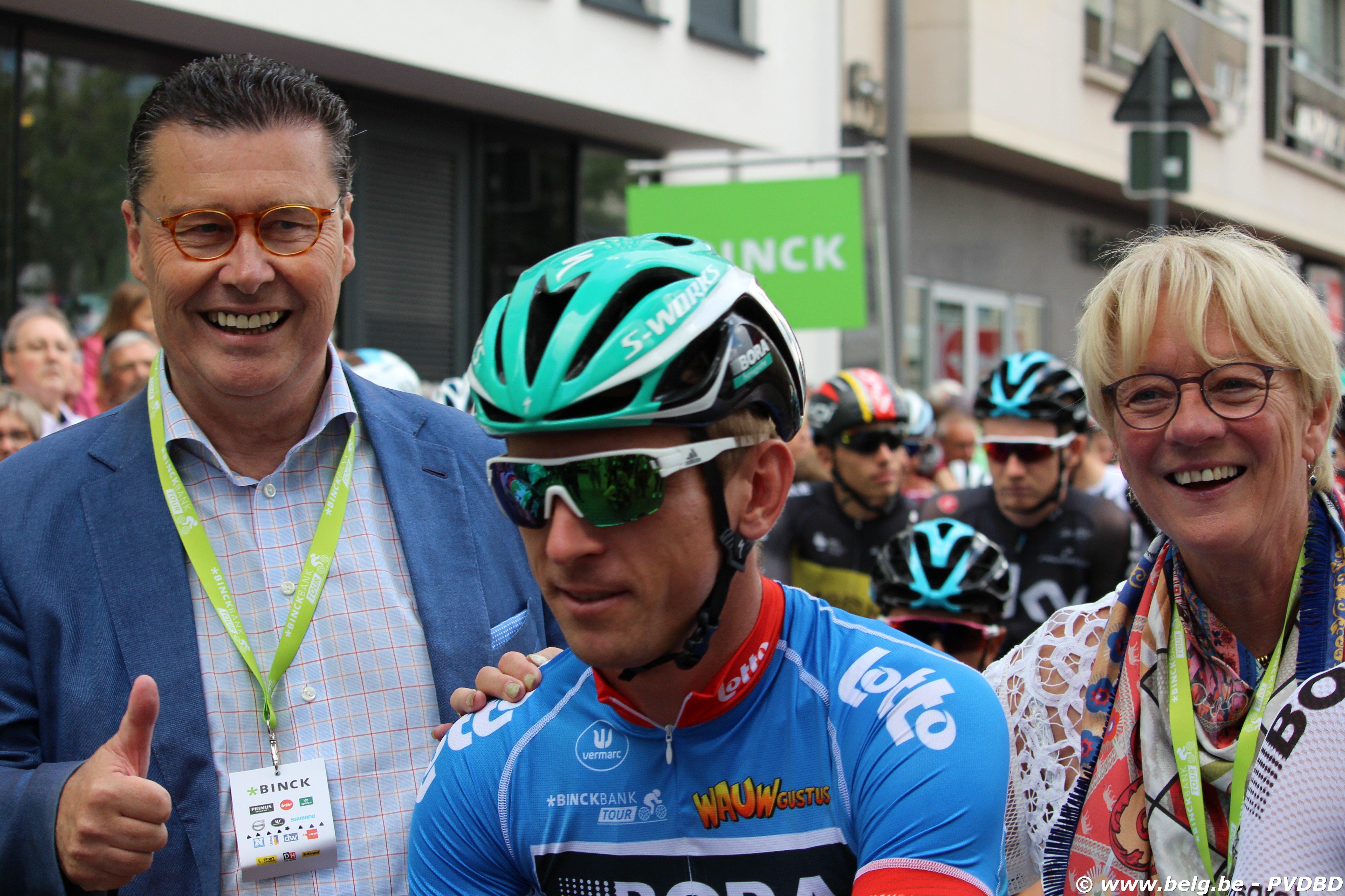 Binckbank Tour van start in Blankenberge - IMG 3043
