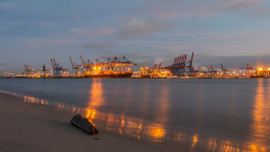 Lid zijn van een vakbond om als havenarbeider te mogen werken kan niet - haven