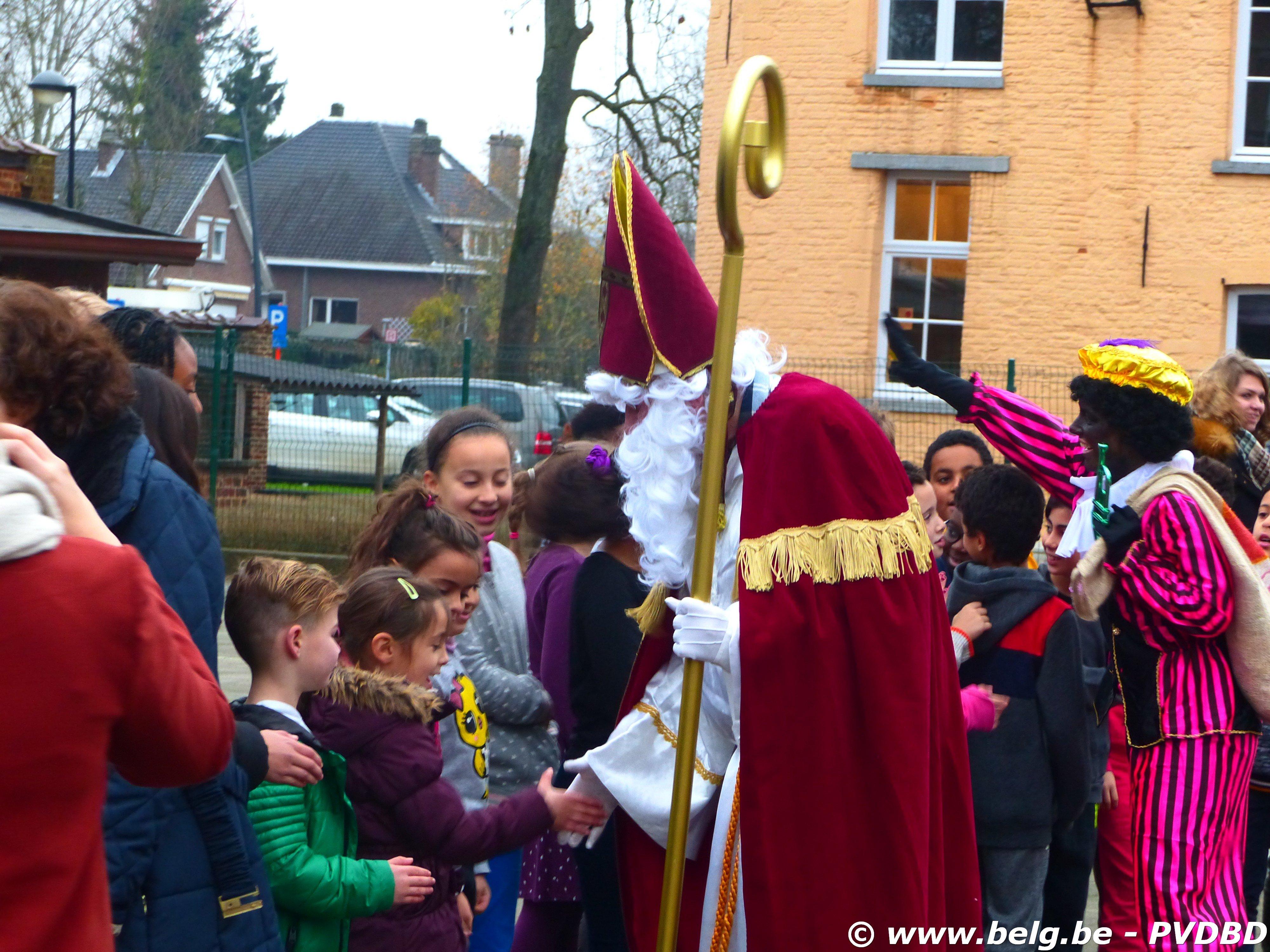 Jan Ruusbroec school verwelkomen Sint en Piet - P1110628