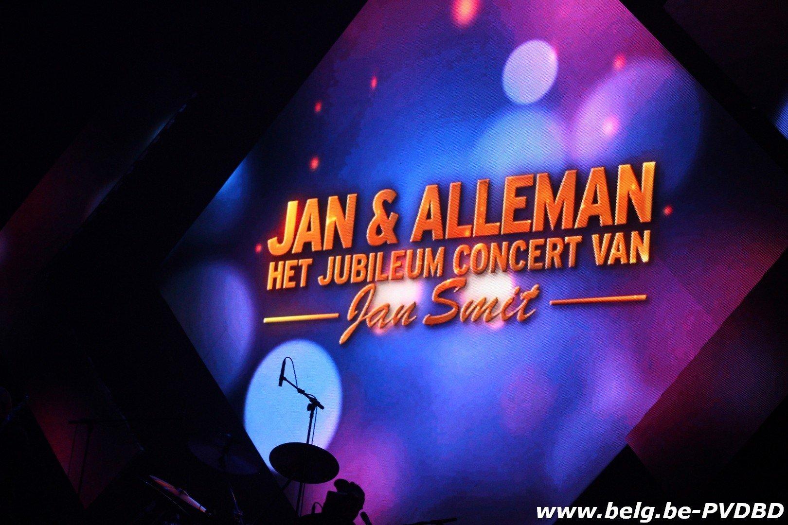 Geslaagd jubileumconcert van Jan Smit in het sportpaleis - IMG 6815