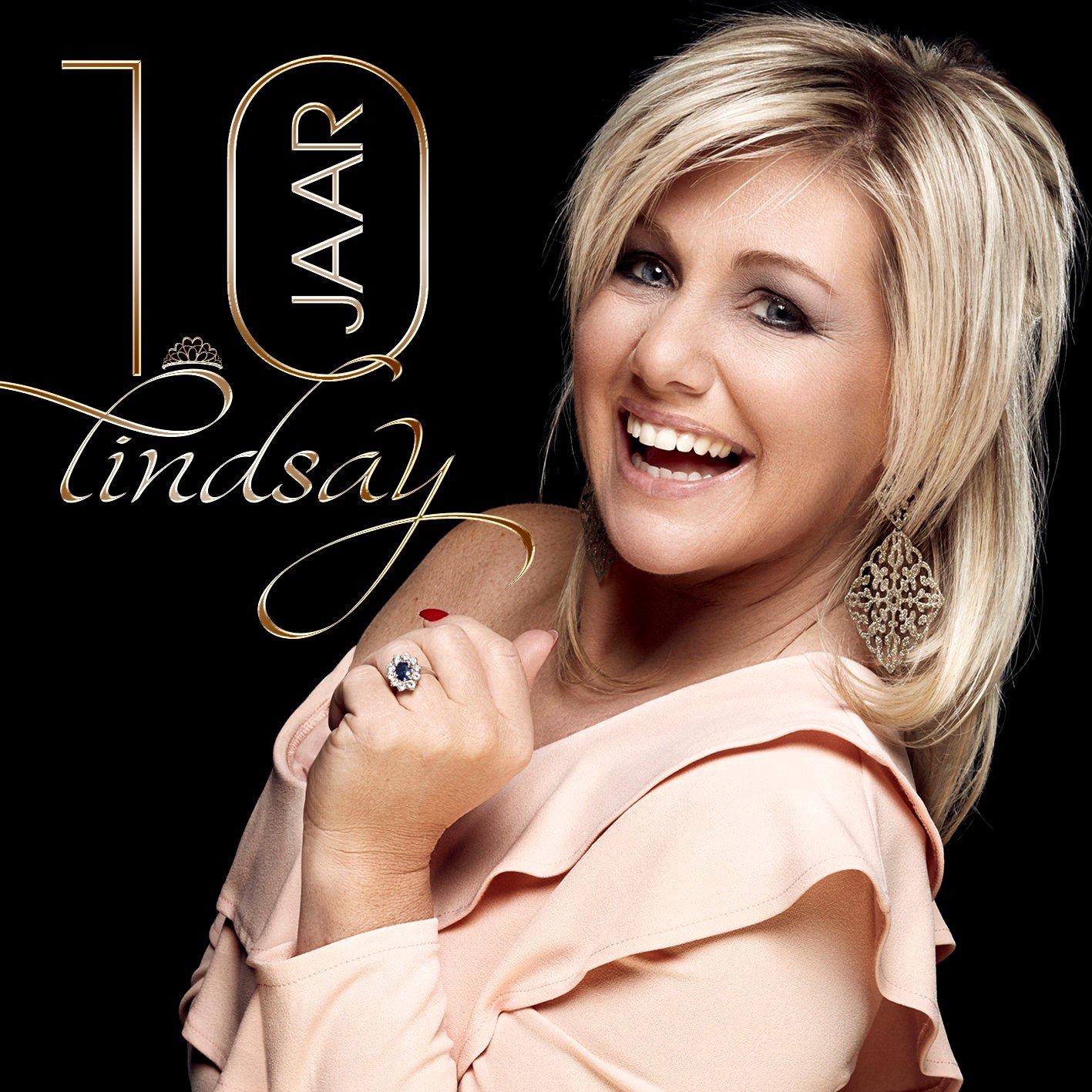"""Lindsay roept de hulp in van haar fans: """"Wat is mijn ultieme single?"""" - Lindsay 10 jaar 1"""
