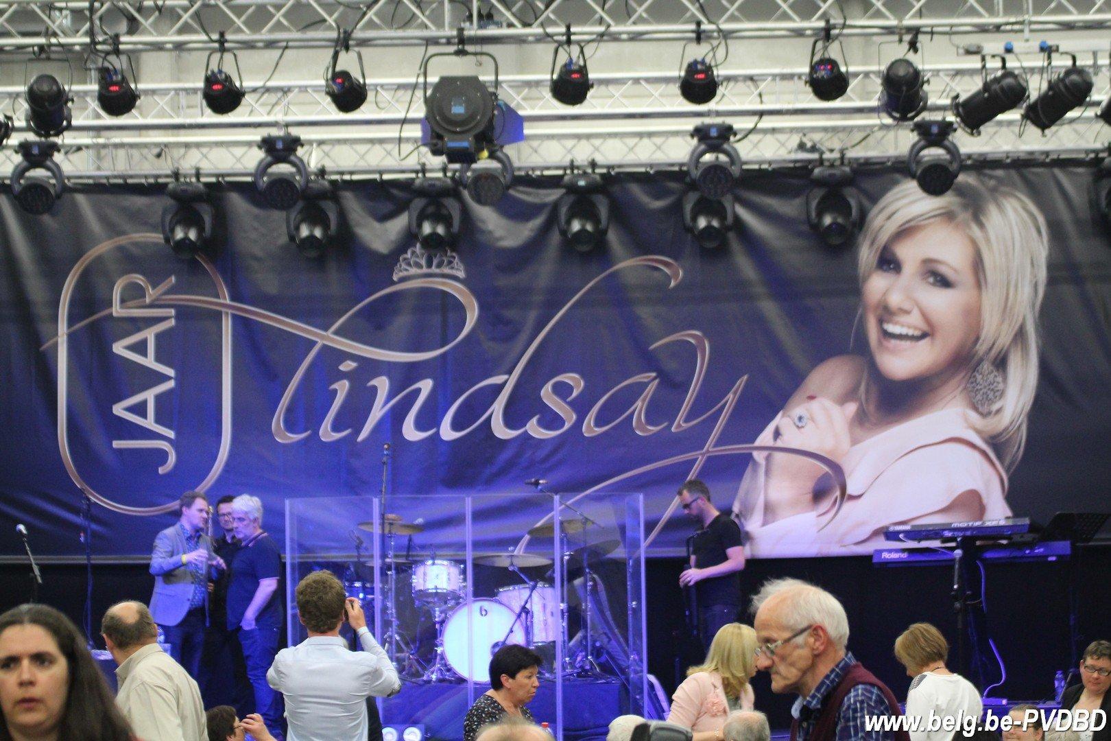 Lindsay scoort met '10 Jaar Lindsay' haar 3denummer 1-album in de Vlaamse Ultratop - IMG 7545