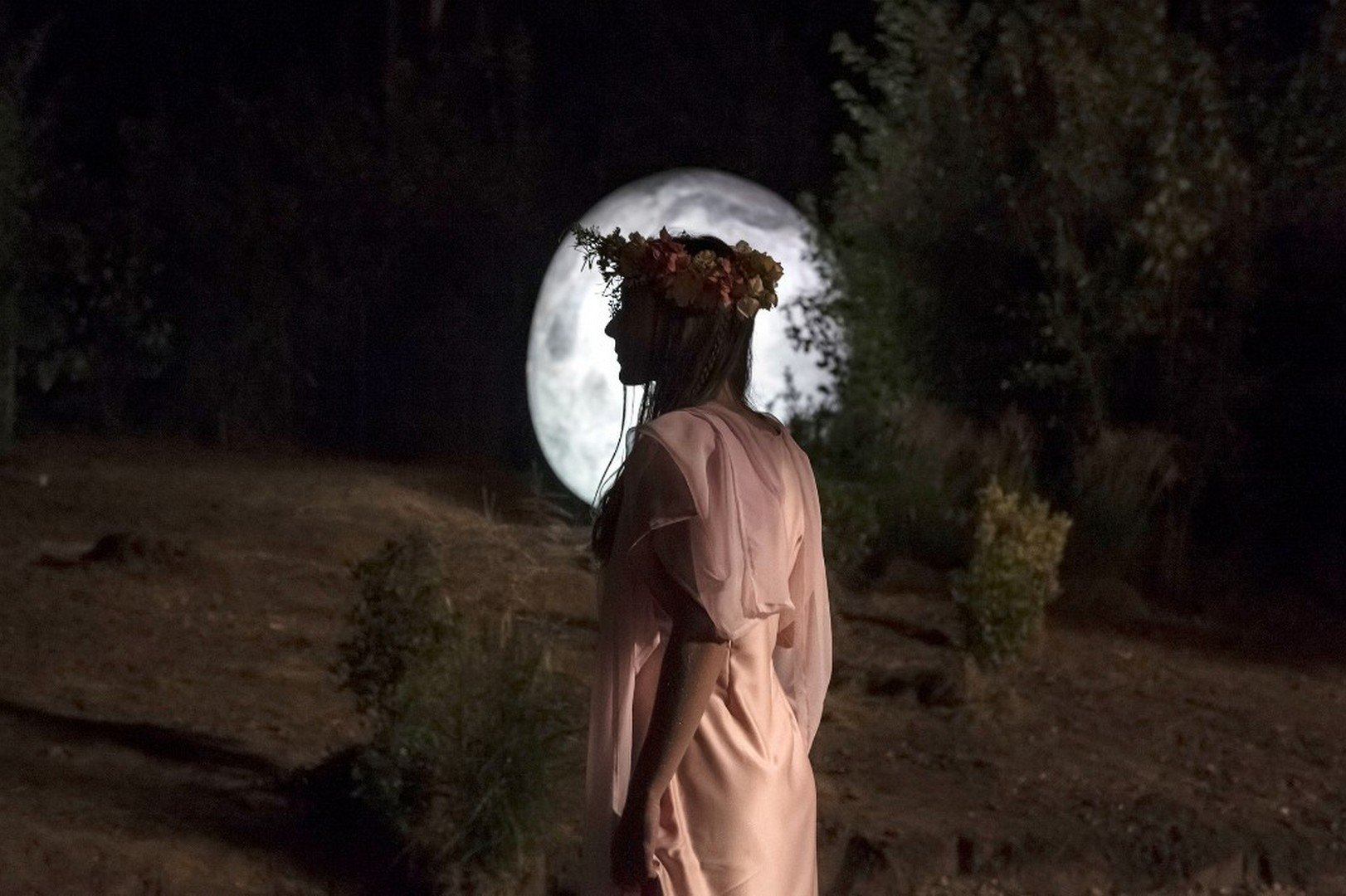 Bilzen Mysteries trakteert een Moonrise cocktail tijdens de maansverduistering - Bilzen Mysteries 1