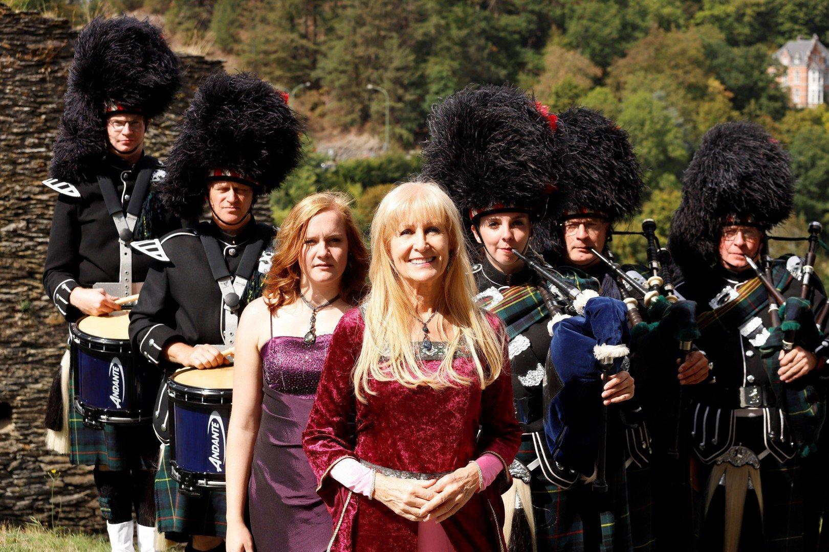 """Micha Marah wordt 65: """"Ik droom van musical en theater - Music Show Scotland 5"""