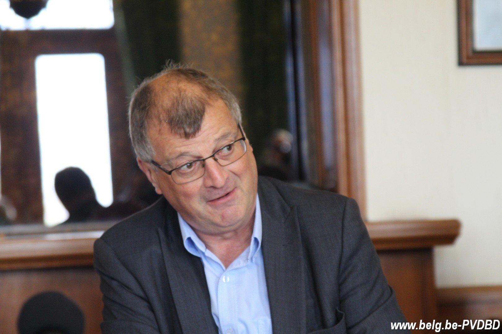 Gesprekken in Dilbeek afgerond Segers blijft burgemeester - IMG 2033