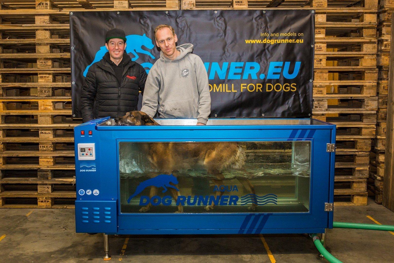 Janez Detd frontman ontwikkelt onderwaterloopband voor honden - Aqua Runner 2