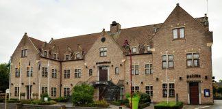 haaltert gemeentehuis