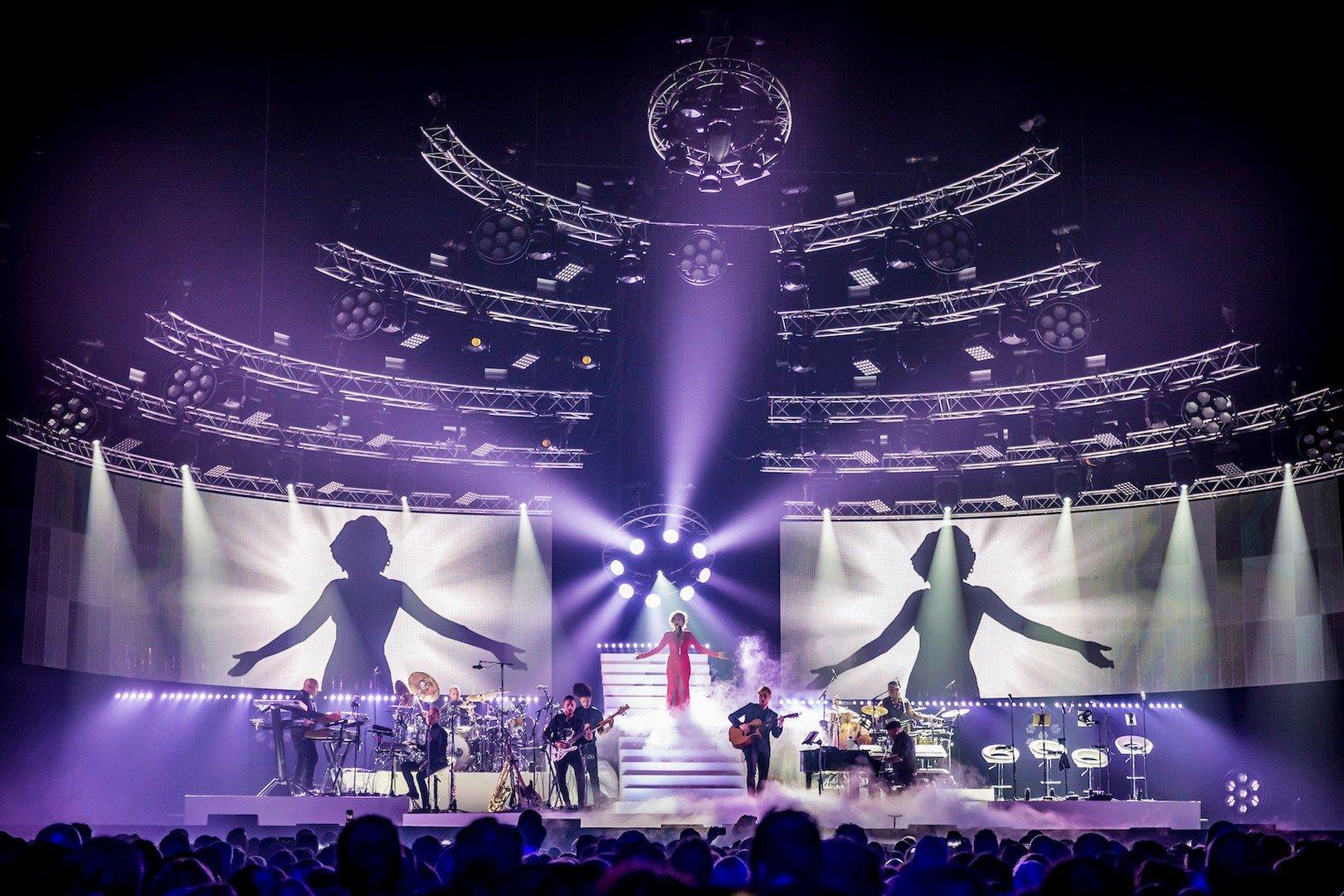 Glennis Grace eert Whitney Houston met groots concert in Lotto Arena Antwerpen - Glenny Grace 1