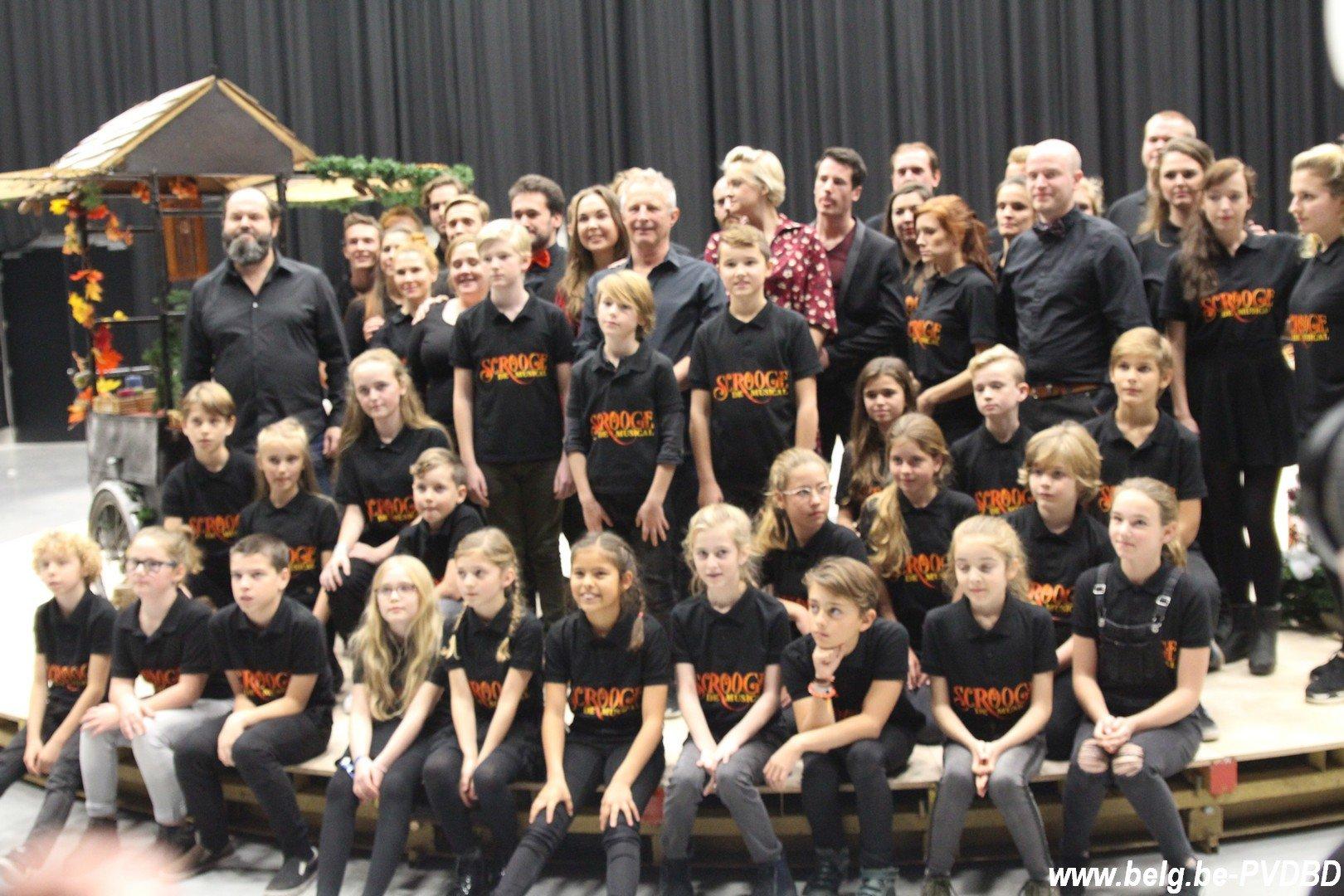 Music Hall voorziet nu al6 extra voorstellingenvan 'Scrooge - IMG 2390