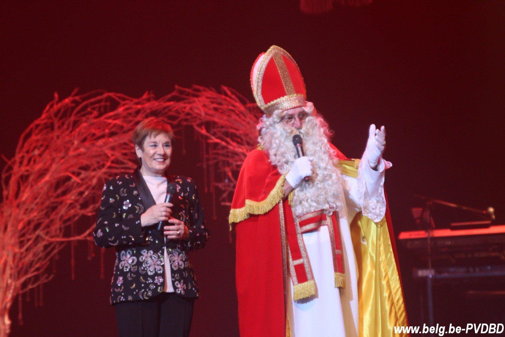 Sint op bezoek in Westrand - IMG 3385