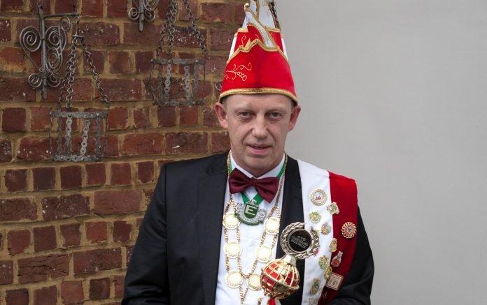 Hallenaar Marc Reniers wordt prins carnaval van Kortrijk