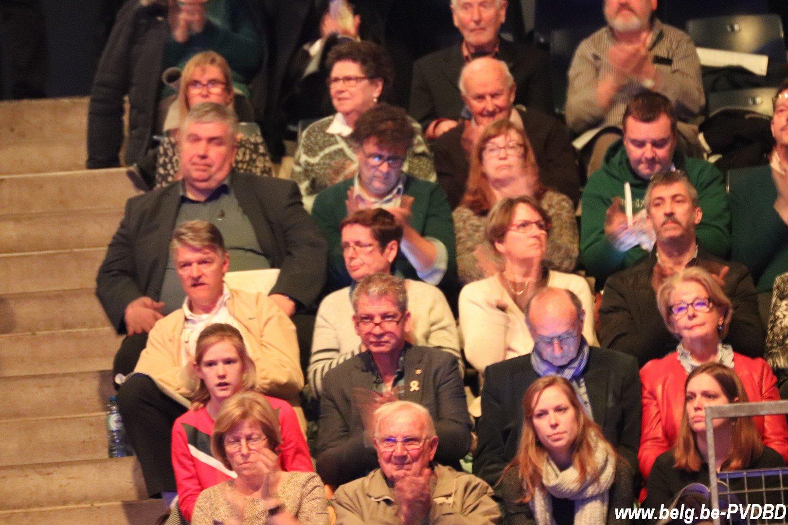 Dilbekenaar Jos Mertens (95) gehuldigd op 82e zangfeest - IMG 0397