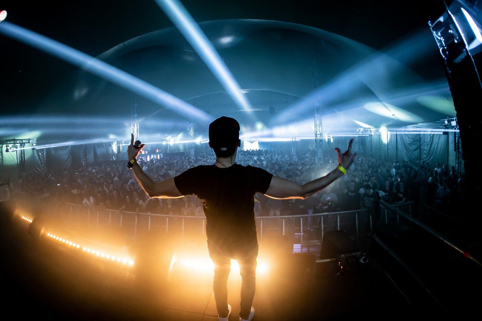 10de 'Replay' en 'Afterwork Festival' lokken 7000 mensen - Replay 4