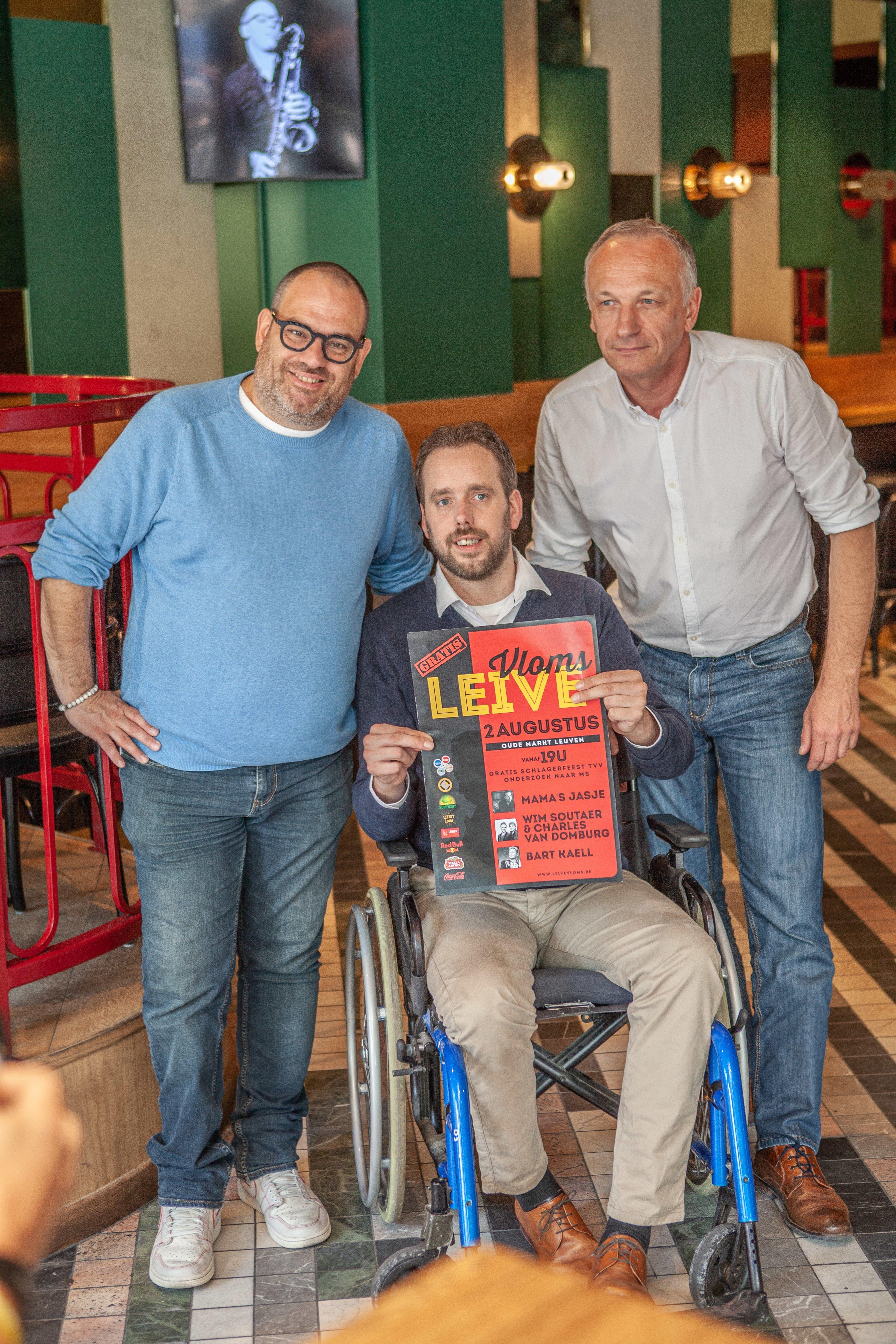 Leive Vloms viert vanavond de verjaardag van Bart Kaëll (59), eert Paul Severs en zamelt. - Leive Vloms 2019