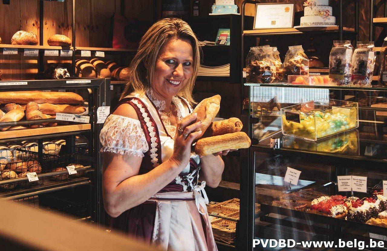 Lokale bakkersvrouw opent Wieze Oktoberfeesten 2019! - Wieze oktoberfeesten 2019 bakkersvrouw 1