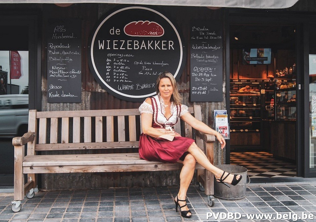 Lokale bakkersvrouw opent Wieze Oktoberfeesten 2019! - Wieze oktoberfeesten bakkersvrouw 2