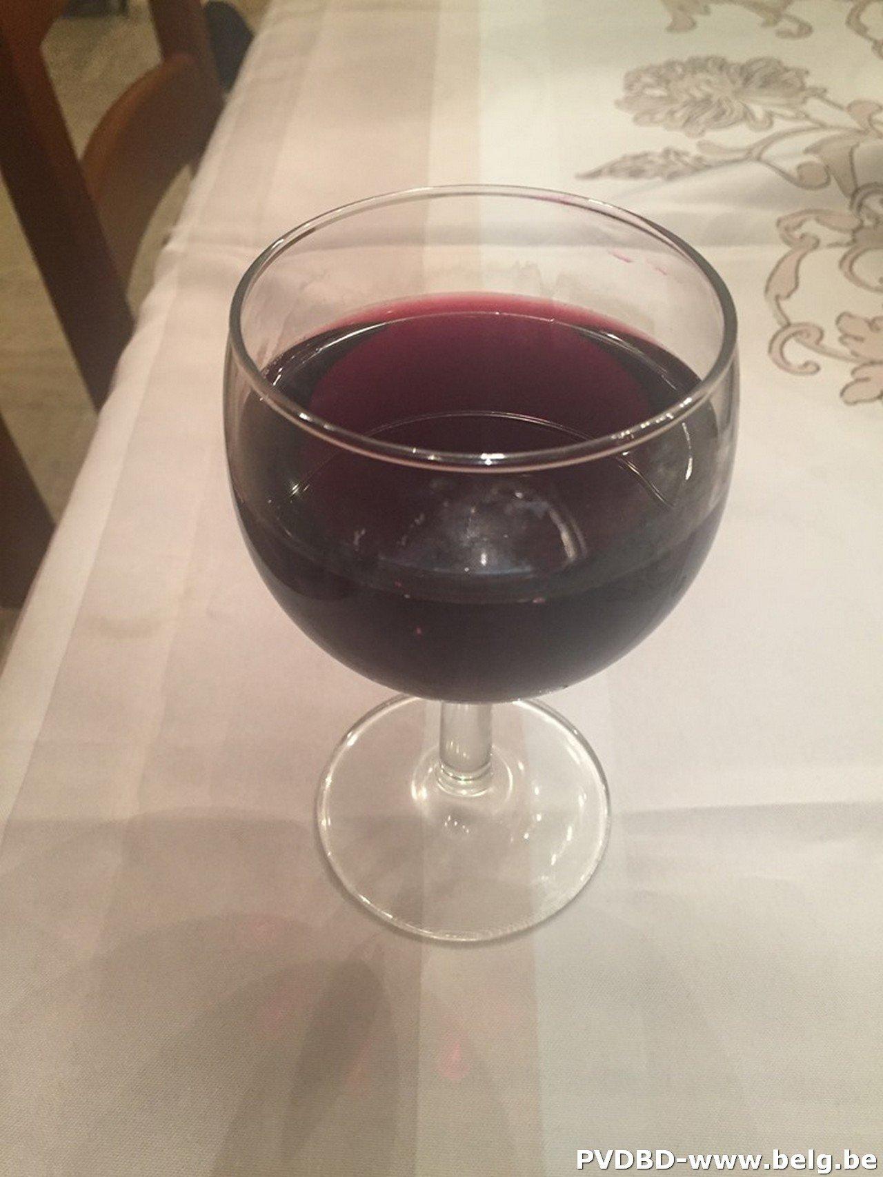 Wijn- en Bierproeverij in de Pedemolen (St-Gertrudis-Pede) op zondag 8 september - glas wijn