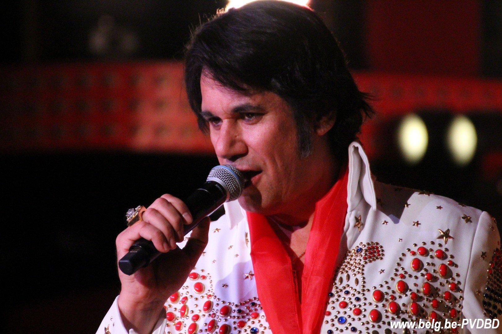 Elvis (Steve Ryckier) komt naar Londerzeel op 16 mei 2020 - IMG 6659