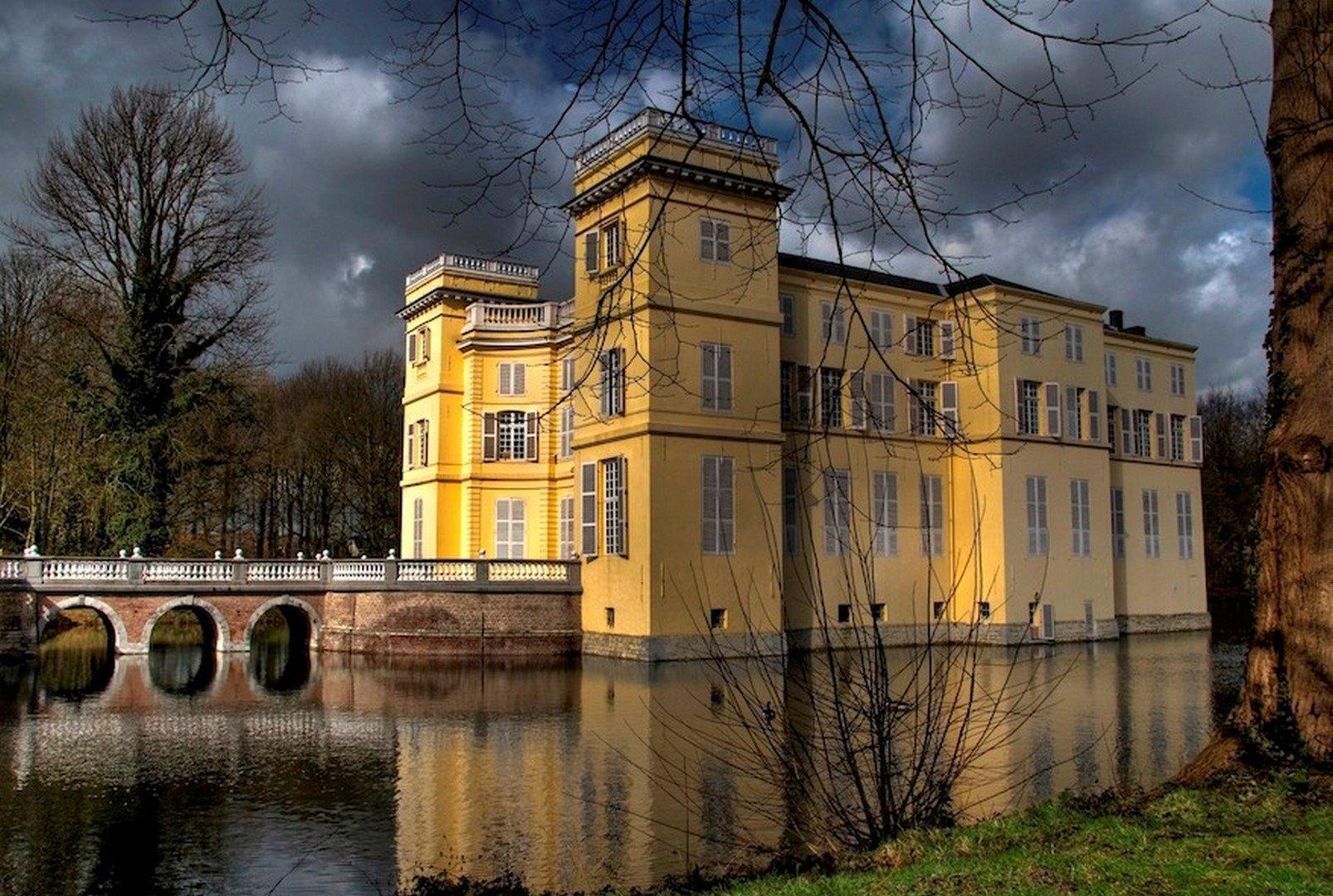 Prins Simon de Merode en Historalia brengen 'Kerstmagie' naar 6 Vlaamse kastelen - Kasteel dUrsel Higene