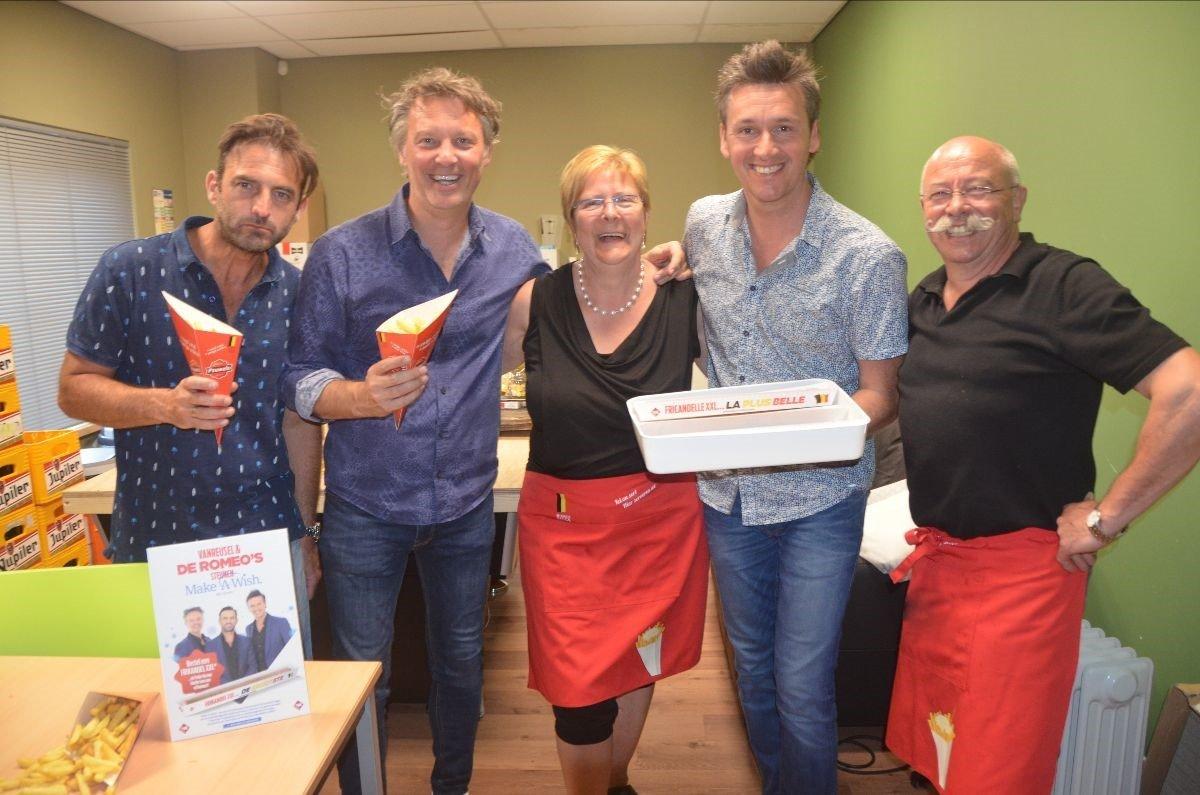 Op 17 november het Belgisch kampioenschap 'De Romeo's Frikandel XXL'-eten - Belgisch kampioenschap Romeos XXL eten