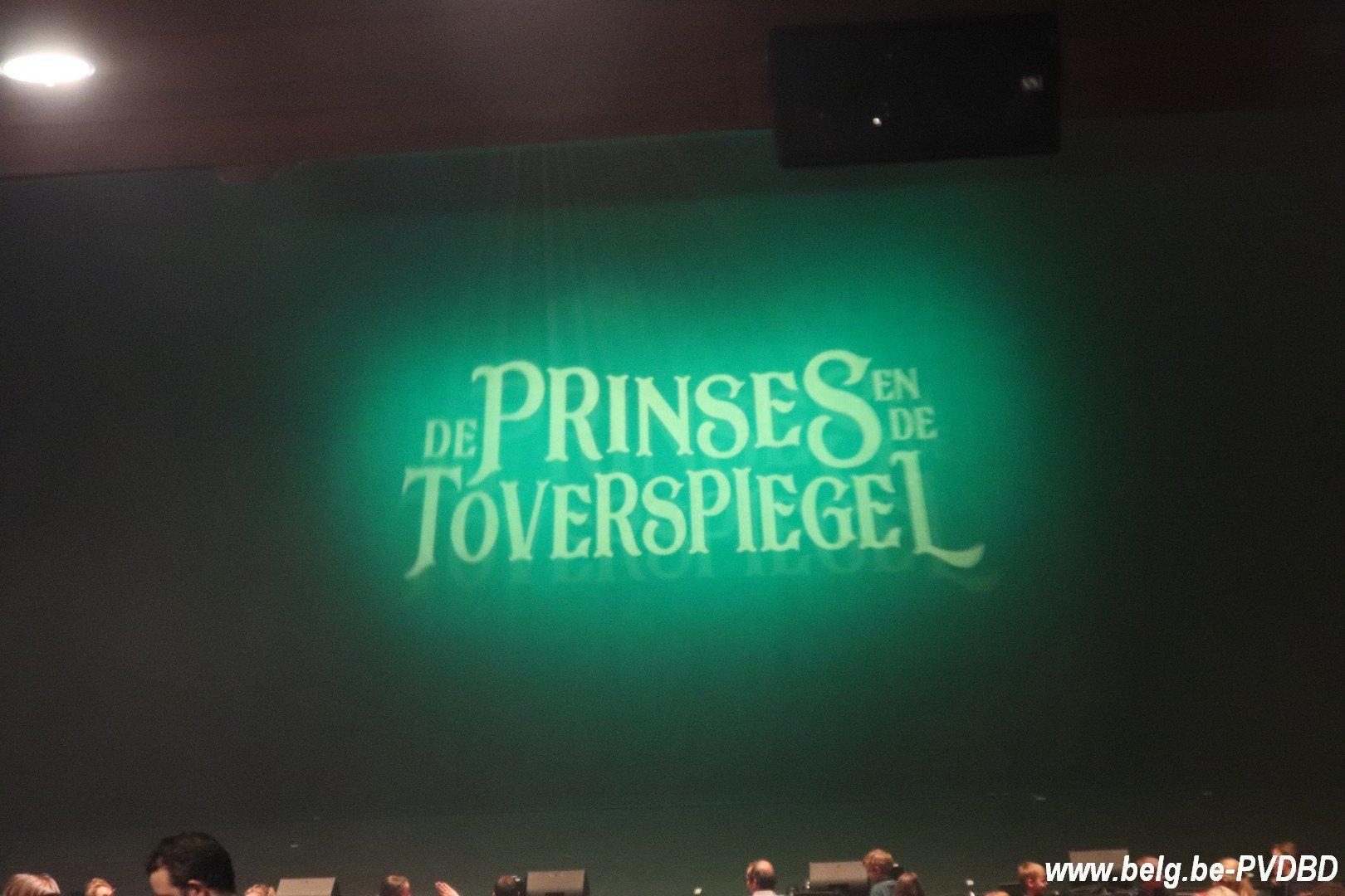 De Prinses en de Toverspiegel lokt volle Stadsschouwburg - IMG 3532