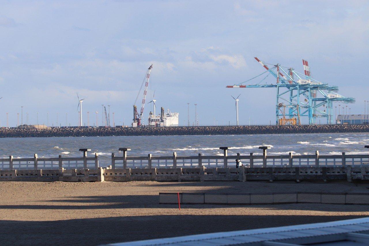 CD&V wil Europees meer vluchtelingen binnen laten - Haven Zeebrugge 1
