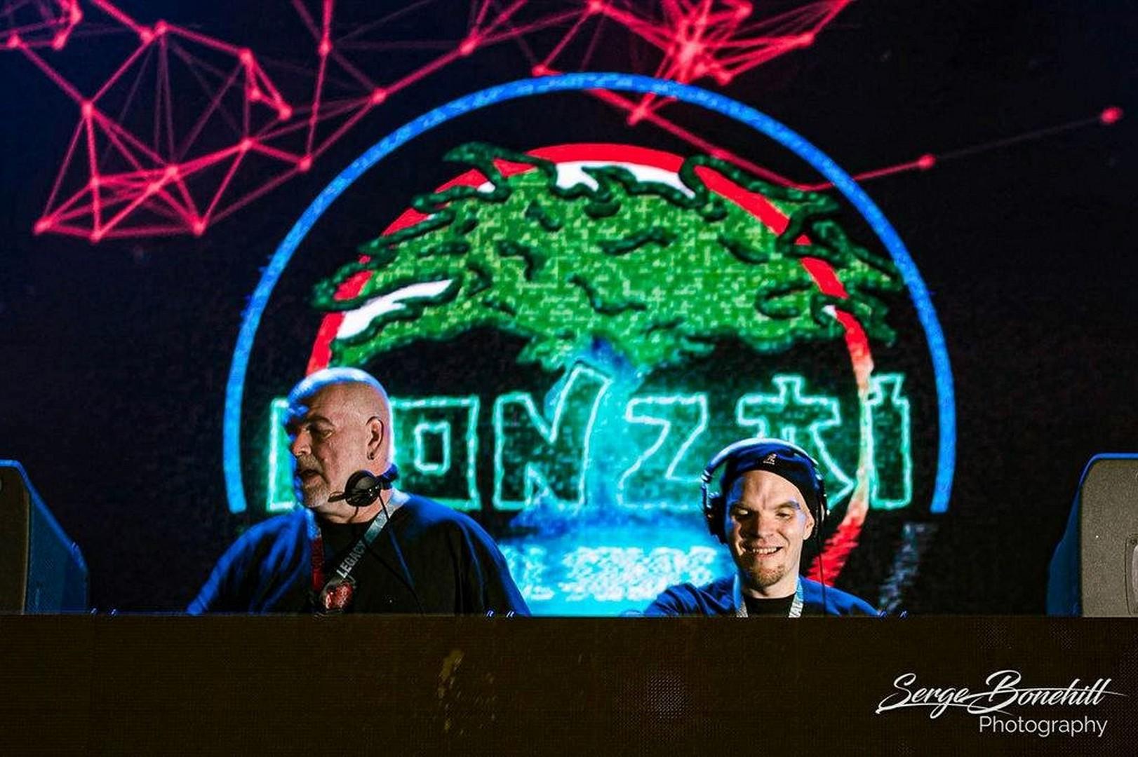 Bonzai All Stars komen op 21 maart naar I love the 90's - Bonzai 1