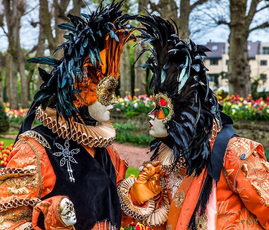 Floraliën te Groot-Bijgaarden, een bloemenpracht van 4 april tot 3 mei - floralia brussel Veitiaanse klederdracht