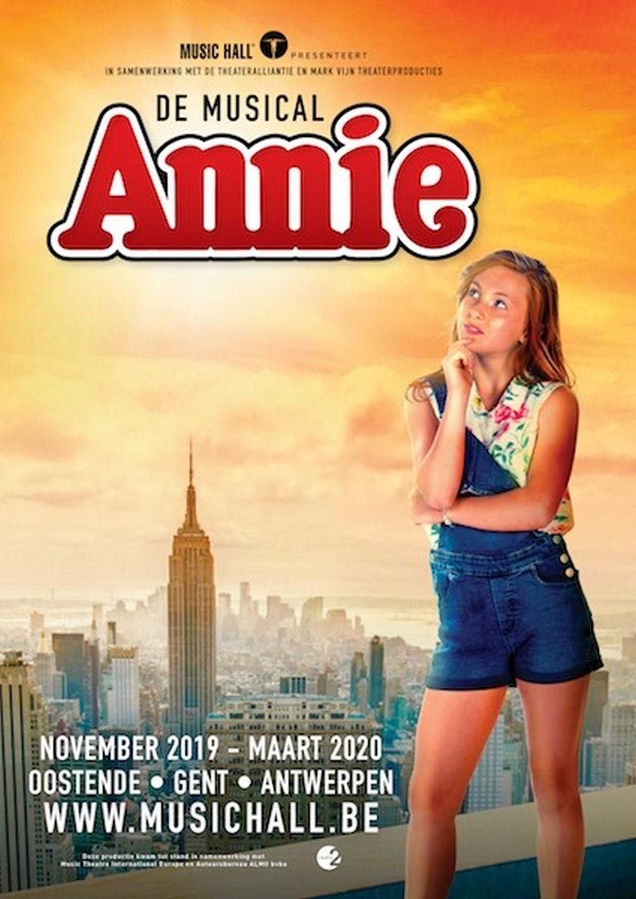 'Annie' Chaya Van Mol (12) waagt vrijdag haar kans in The Voice Kids (VTM) - Affiche Annie De Musical 2 1