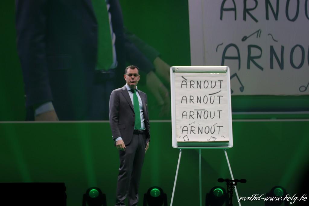 Twee maal Arnout Van Den Bossche in de Lotto Arena - IMG 4218