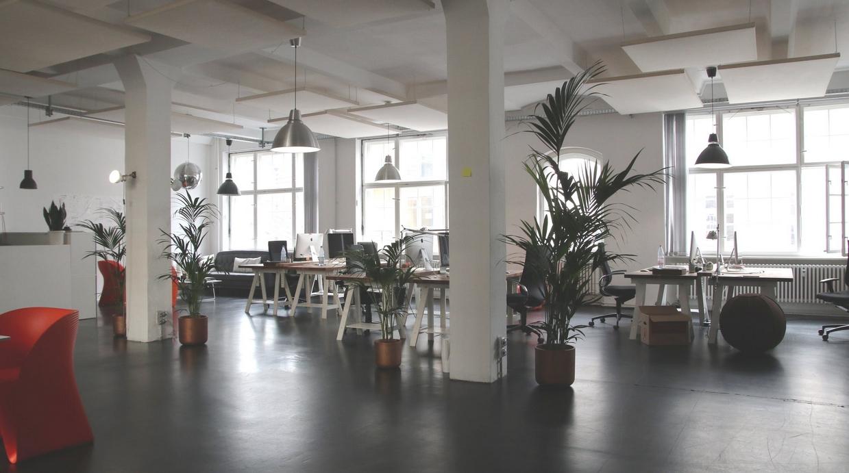4 tips voor sfeervolle verlichting op kantoor