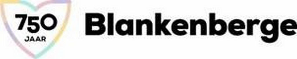 De verhaalellementen aan de jachthaven gisteren ingewandeld - Logo 750 jaar Blankenberge