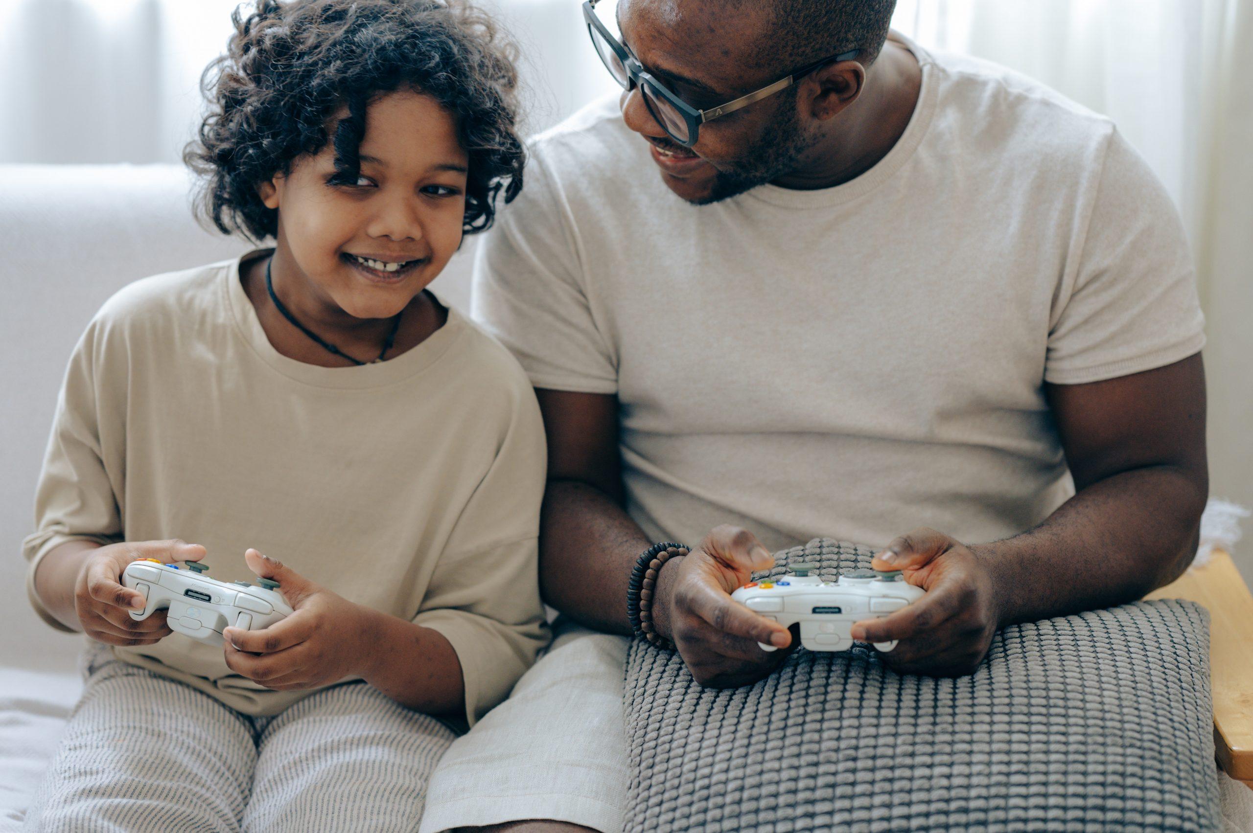 Hoelang mogen kinderen gamen en welke grenzen moet je bewaken