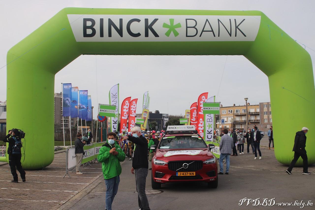 Binck Bank Tour 2020 start in Blankenberge coronaproof - IMG 5704