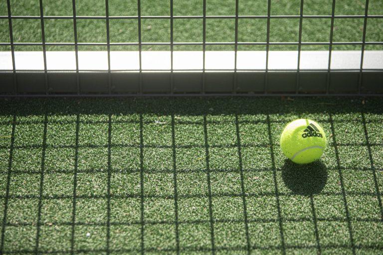 Heb jij padel tennis al ontdekt? De opkomende sport van 2021
