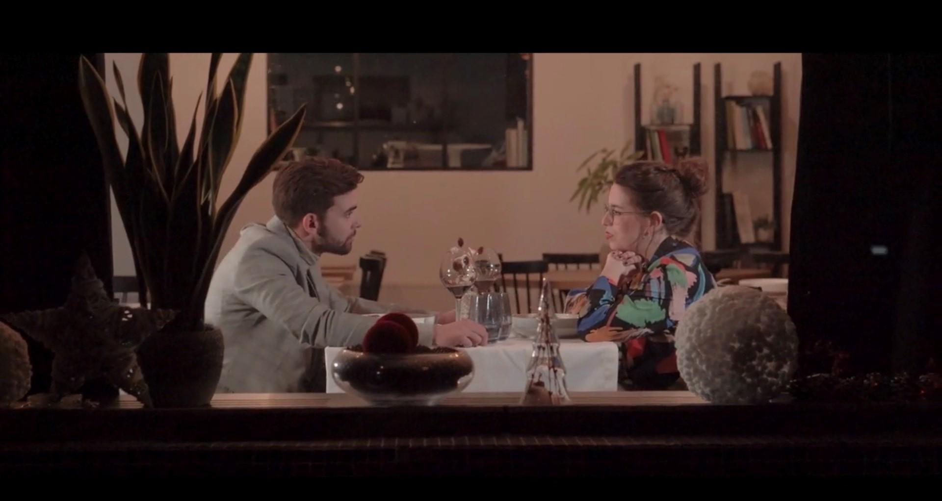 Lynn Van den Broeck maakt videoclip-debuut - Mathias Vergels en Lynn Van den Broeck