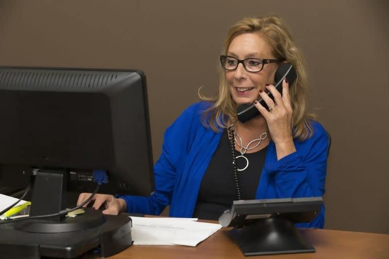 Wat is bellen via het internet en is het voor jouw bedrijf?