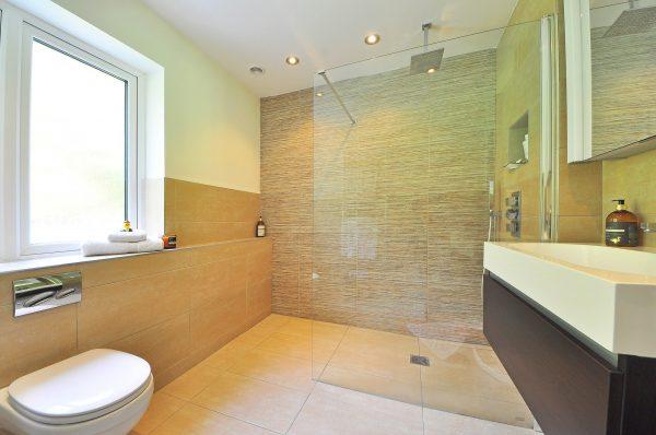 Geniet van een zalige douche of bad in je badkamer